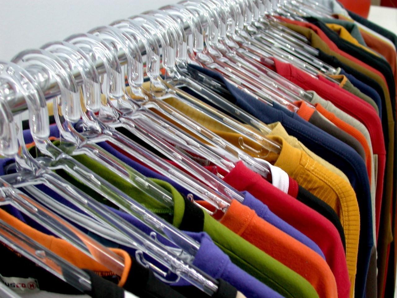 Jak układać ubrania?